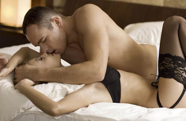 – Fazer sexo 2 vezes por semana aumenta 547 dias de vida