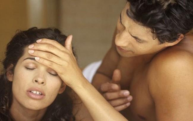 – Agora acabou a desculpa: sexo alivia dor de cabeça, segundo estudo